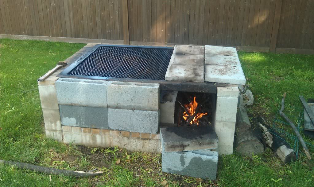 Simple Cinder Block Outdoor Fireplace : Rickyhil Outdoor ... on Building Outdoor Fireplace With Cinder Block id=25783