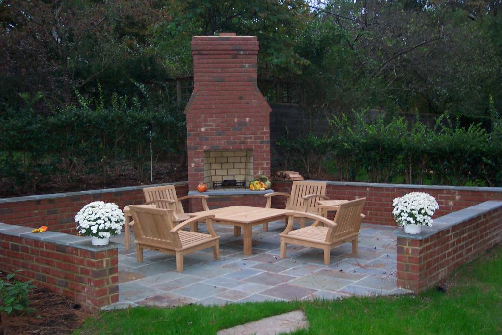 Ideas For Build Cinder Block Outdoor Fireplace — Rickyhil ... on Outdoor Fireplace With Cinder Blocks id=93878