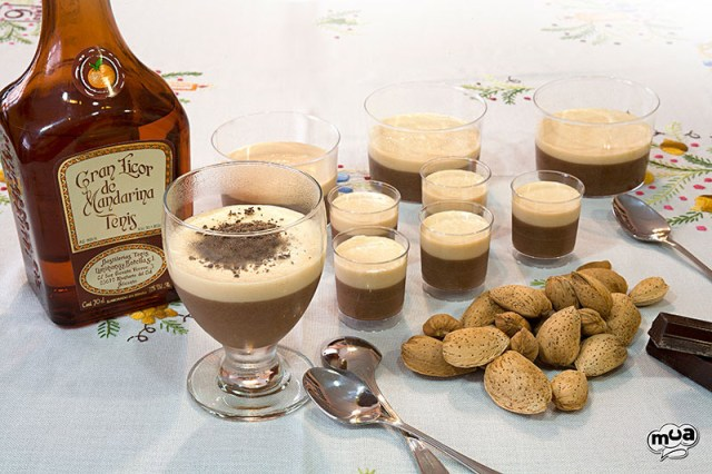 Mousse de chocolate y turrón