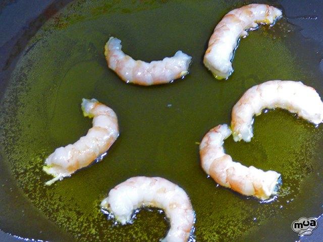 Arroz con alcachofas y calamares