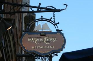 Le Marie Clarisse sign