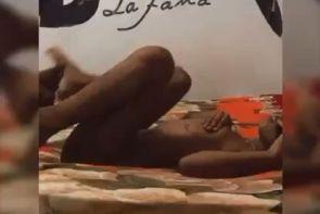 Mr black la fama mamandole el culo a su esposa video porno casero