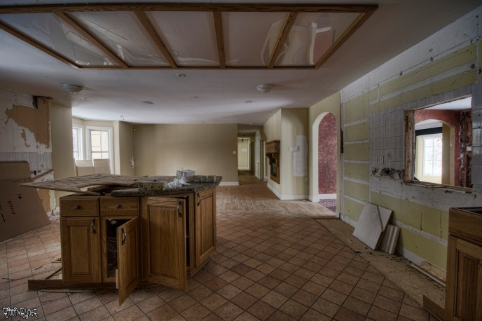 Abandoned Ontario Polish Mansion - Kitchen