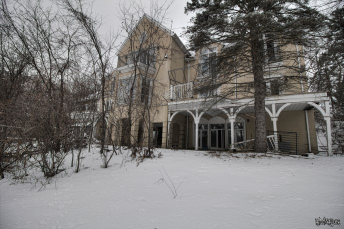 Abandoned Ontario Polish Mansion Exterior