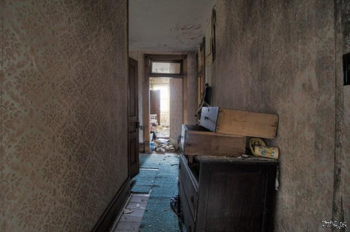 Decayed corridor