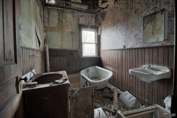 Decaying bathroom