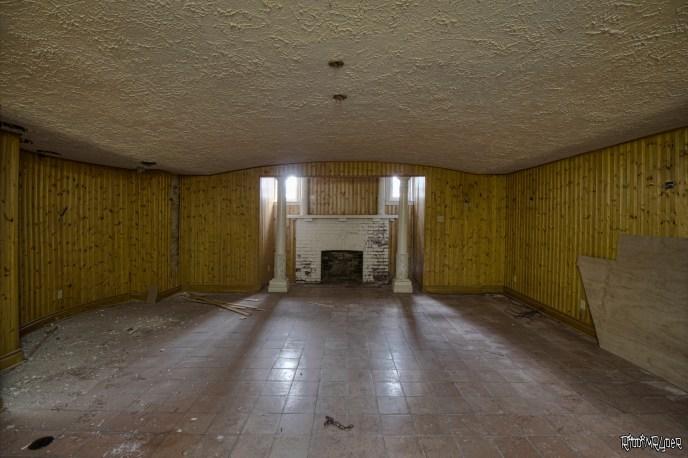 $7,000,000 Abandoned Mansion