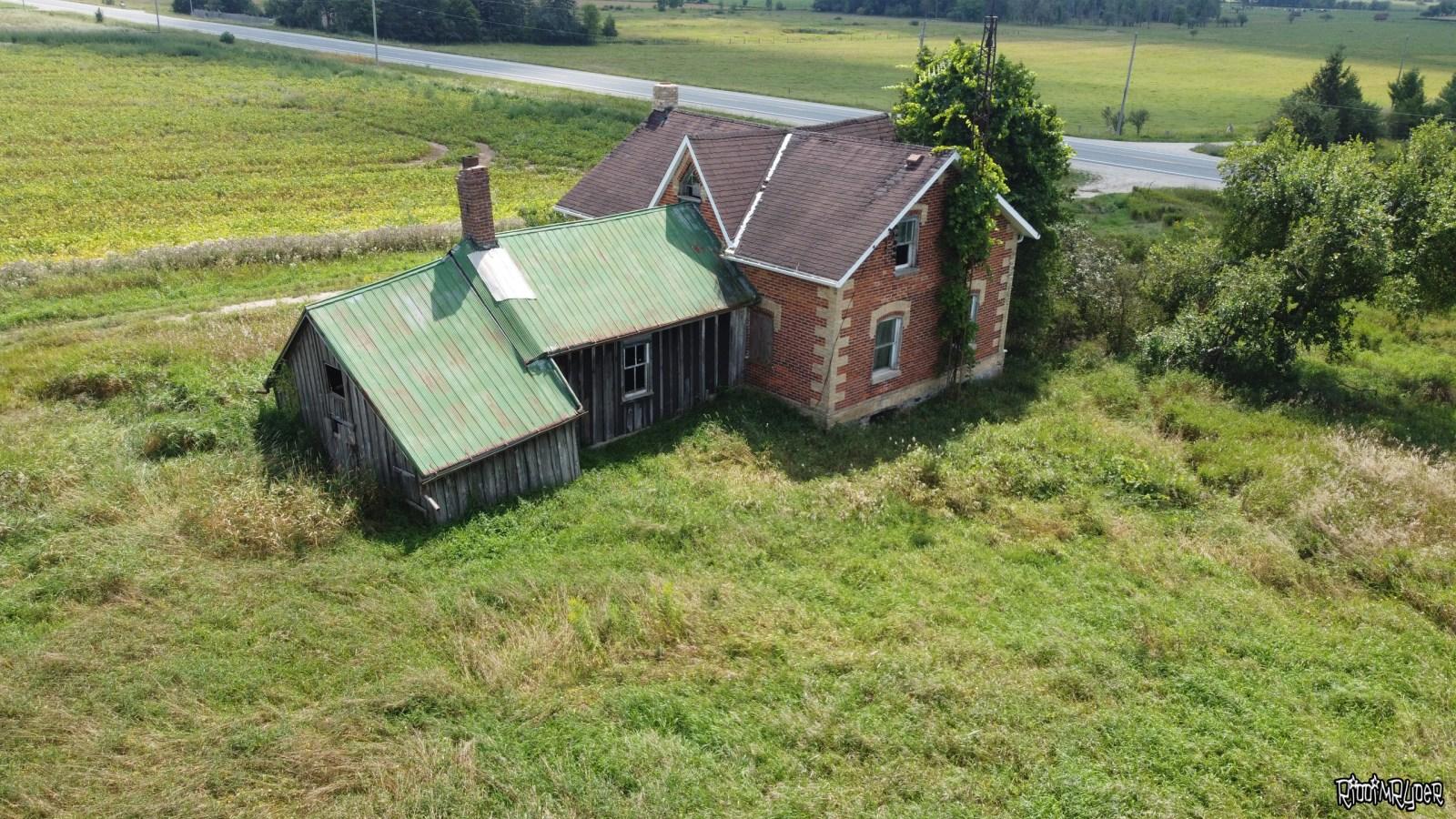 Classic Ontario Farm House