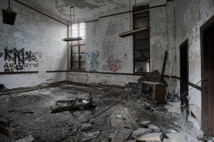 Decayed Office