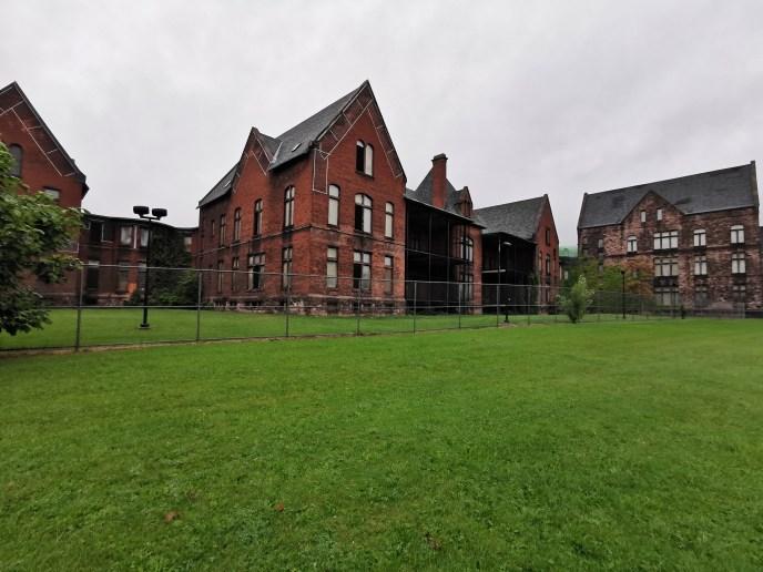 Abandoned State Hospital Selfie