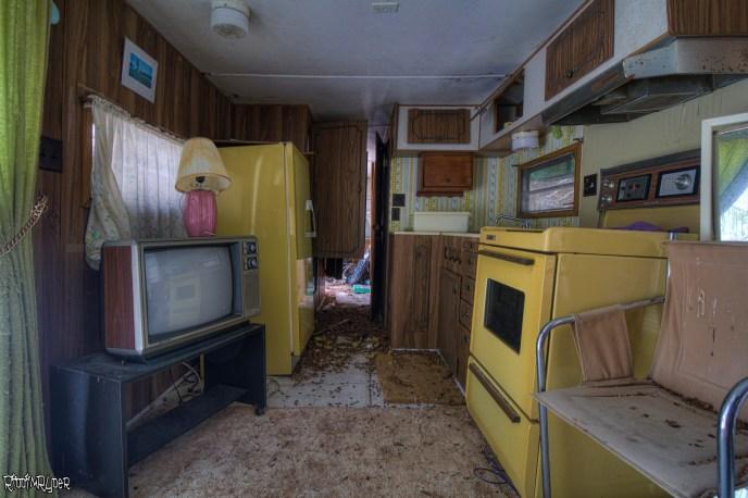 Old Furniture & Appliances