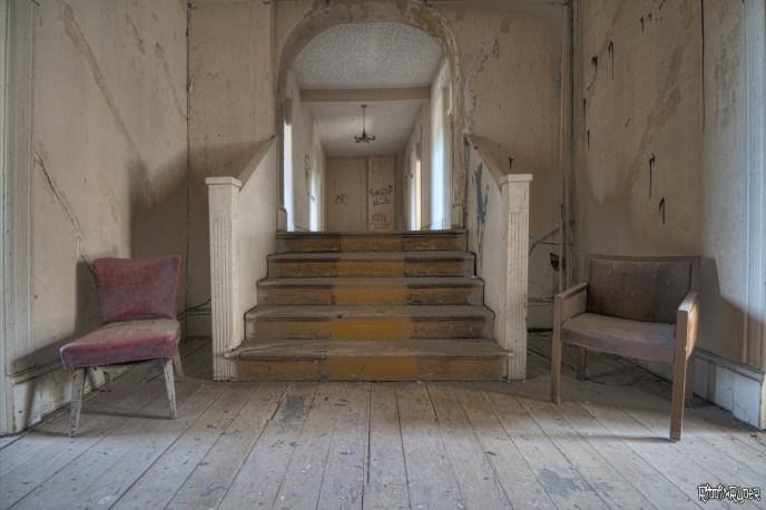 Corridor & Stairs