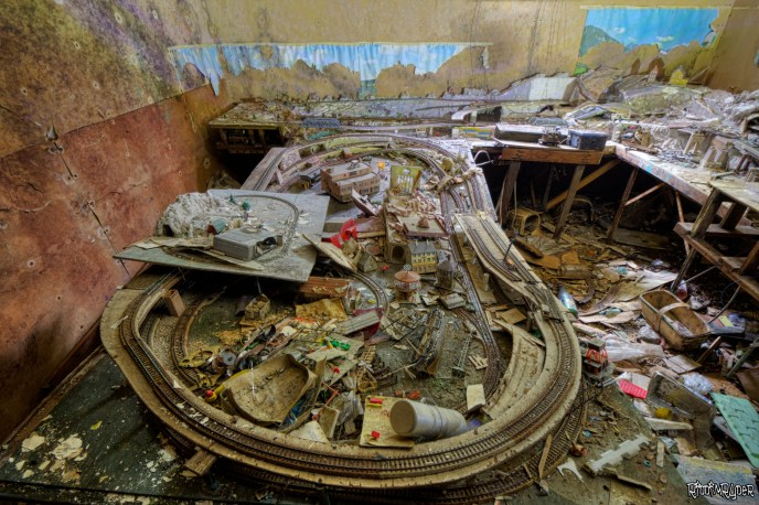 Decaying Train Set