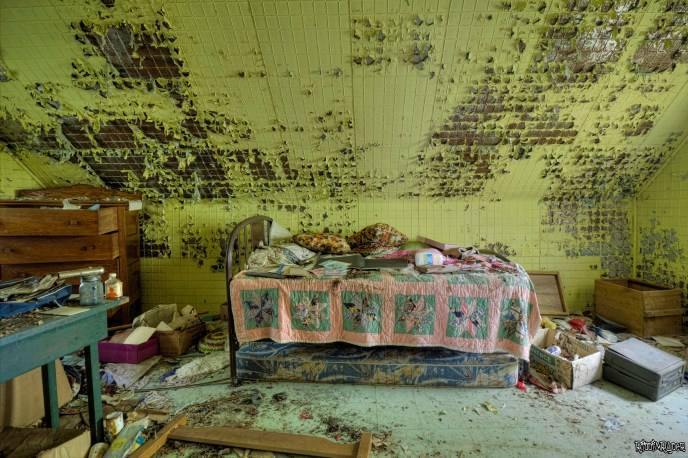 Main bedroom of the abandoned retreat
