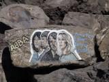 ABBA : une très jolie peinture sur pierre représentant les 4 membres du groupe