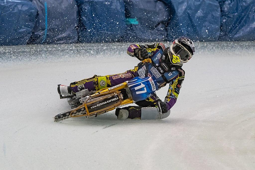Ice Speedway : virages serrés