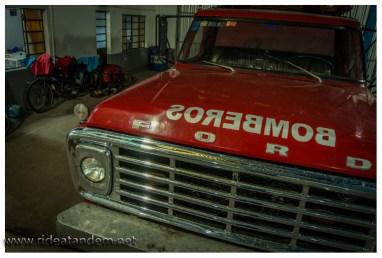 So schlafen wir in den Räumen der freiwilligen Feuerwehr, leider dürfen wir keine Probefahrt machen ;-)