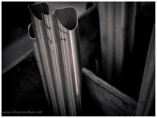 Das Ausgangsmaterial; irgendwie wirken die Rohre recht dünnwandig. Halten tun sie scheinbar aber doch.