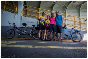 """Mit Sheila und Spencer auf der Fähre nach Vashon Island. Ein kleiner Insel im """"Hafen"""" von Seattle."""