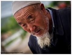 Die Menschen sehen schon orientalischer aus.