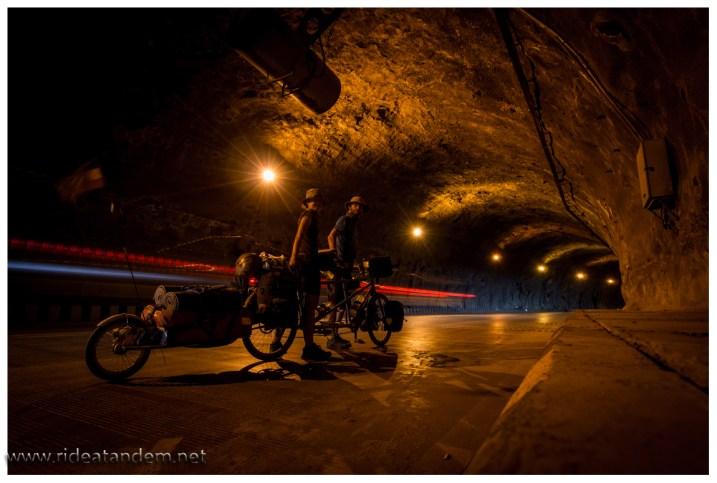 Tunnel, da sind wir Experten.