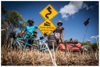 Das vielleicht lustigste Schild im Kakadu National Park. Ja es ging bergab, bremsen mussten wir aber nicht.