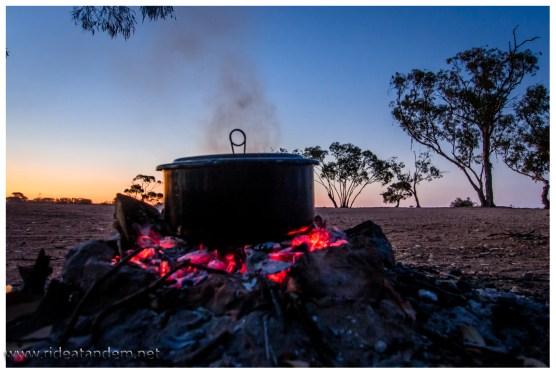 Kochen auf dem Feuer.