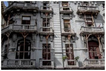 manche Häuser wirken allerdings bedrohlich und es wohnen hier Leute drin.