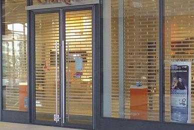 rideau metallique vitrine boutique