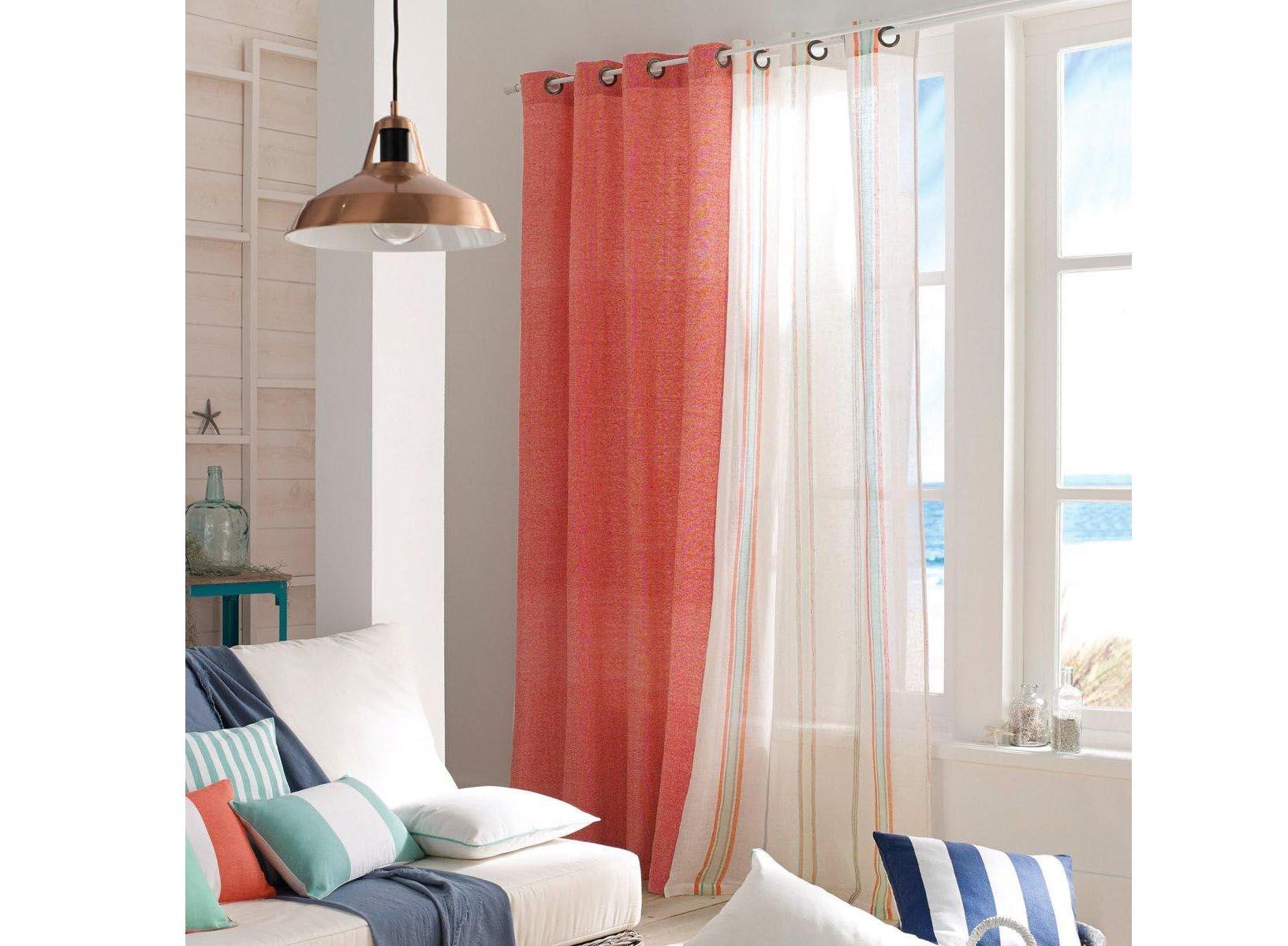 assortir ses rideaux avec ses meubles bonne ou mauvaise id e rideaux pas cher. Black Bedroom Furniture Sets. Home Design Ideas