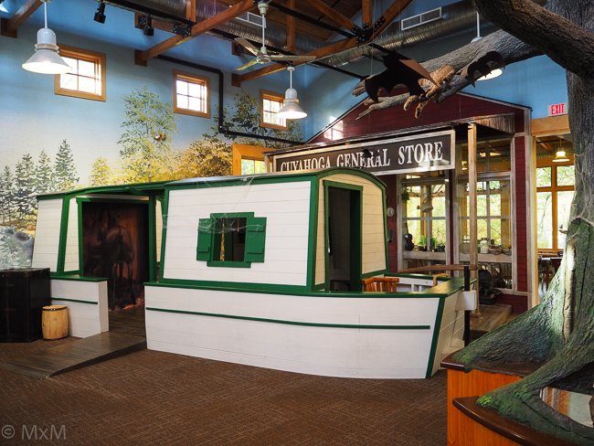 Canal Boat O&E Canal Ctr
