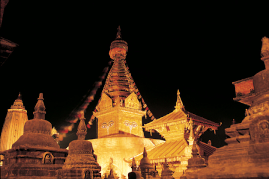 swoyambhu-at-night