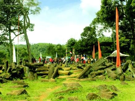 Teras Paling Atas Situs Gunung Padang Desa Karyamukti, Kecamatan Campaka Cianjur, Jawa Barat