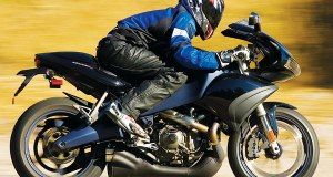 2008-BUELL-1125R-Motorcycle-Review-Siahaan-07