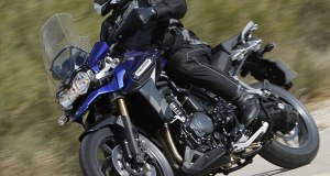 Triumph-Tiger-Explorer-actionL