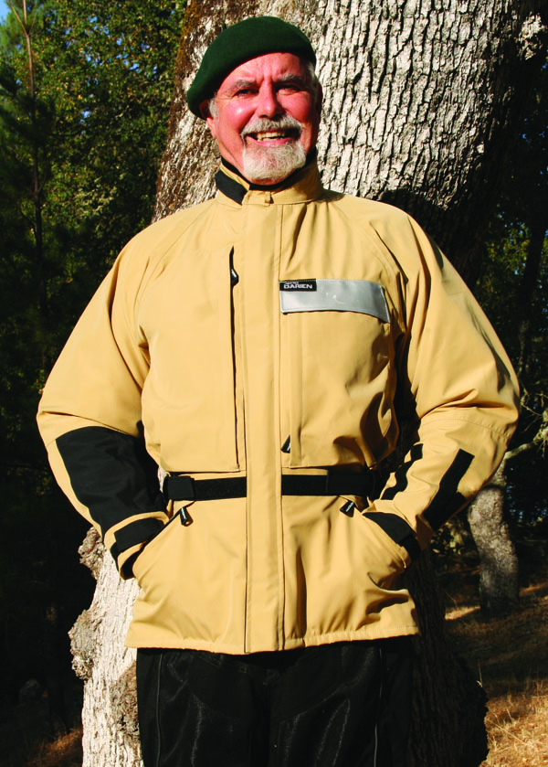 Bmw Motorcycle Jacket >> Aerostich DarienLight Motorcycle Jacket Review | Rider Magazine