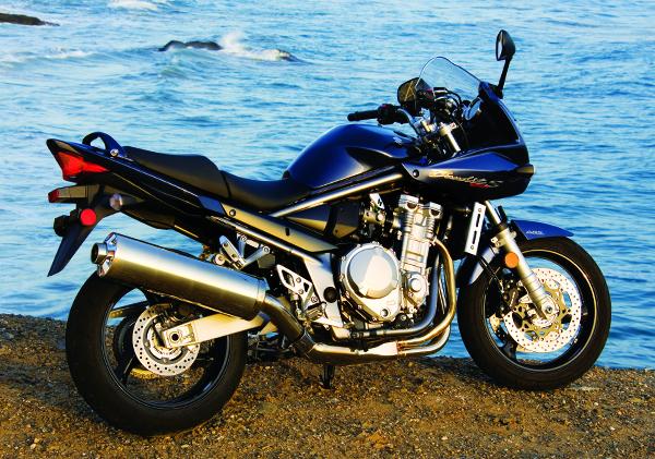 2007 suzuki bandit 1250s road test rider magazine rider magazine. Black Bedroom Furniture Sets. Home Design Ideas