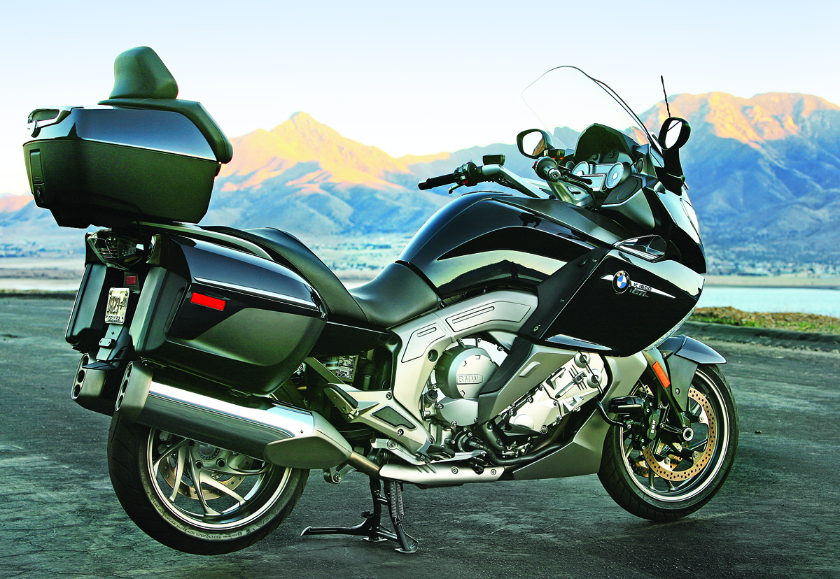 2012 bmw k 1600 gtl vs honda gold wing gl1800 abs. Black Bedroom Furniture Sets. Home Design Ideas