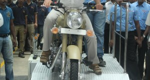 Mr Siddhartha Lal, MD & CEO Eicher Motors Ltd rolling out the first bike-Royal Enfield-Desert Storm from Oragadam Plant
