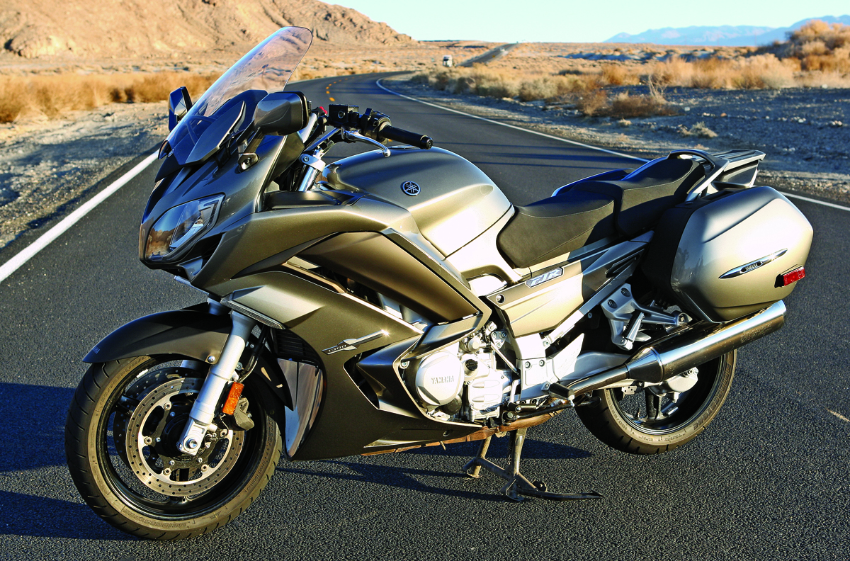 2013 yamaha fjr1300 review rider magazine. Black Bedroom Furniture Sets. Home Design Ideas