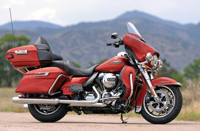 Like all of the baggers, the Electra Glide Ultra Classic gets new wheels and a beefier front end for better handling.