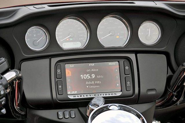Harley-Davidson Boom Box 6.5GT infotainment
