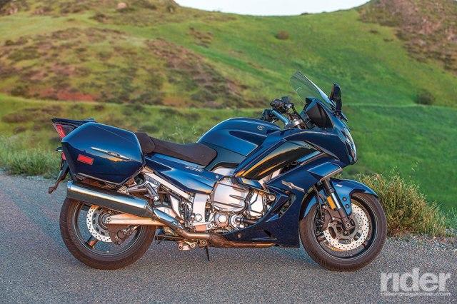 2016 Yamaha FJR1300ES.