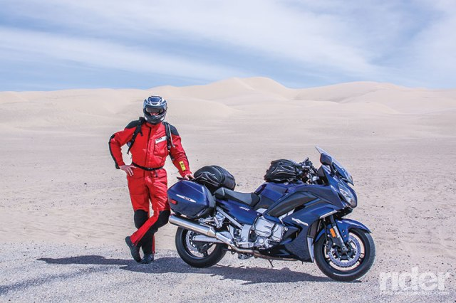 2016 Yamaha FJR1300ES at Imperial Dunes