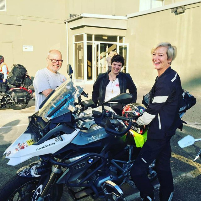 Ride VIP Erin Sills chats with two of the Van Buren sisters' descendants as they prepare to leave on their cross-country journey. (Photo: Sisters' Centennial Ride)