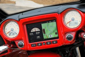 The Ride Command System has customizable split screens.