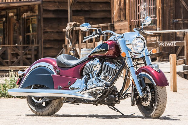 2017 Indian Chief Classic in Burgundy Metallic over Thunder Black