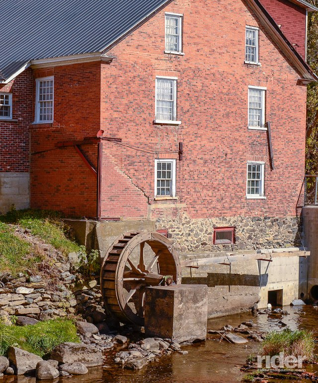 Cornell Mill now houses the Missisquoi Museum. Built by Zebulon Cornell in 1830, it operated until 1963. The museum opened in 1964. The water wheel was built in 1970.