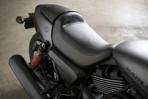 2017 Harley-Davidson Street Rod seat