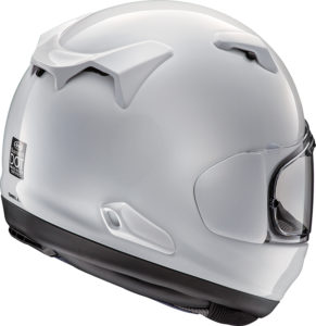 The Arai Quantum-X flows air nicely, thanks to plentiful and well-positioned vents.